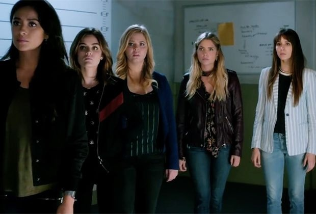 who is a in pretty little liars yahoo answers-1