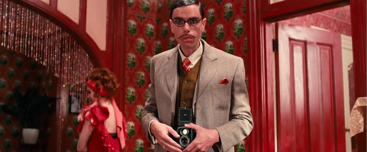 who is mr mckee in the great gatsby-0