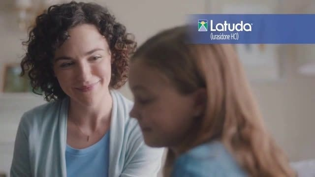 who is the actress in the latuda commercial-1